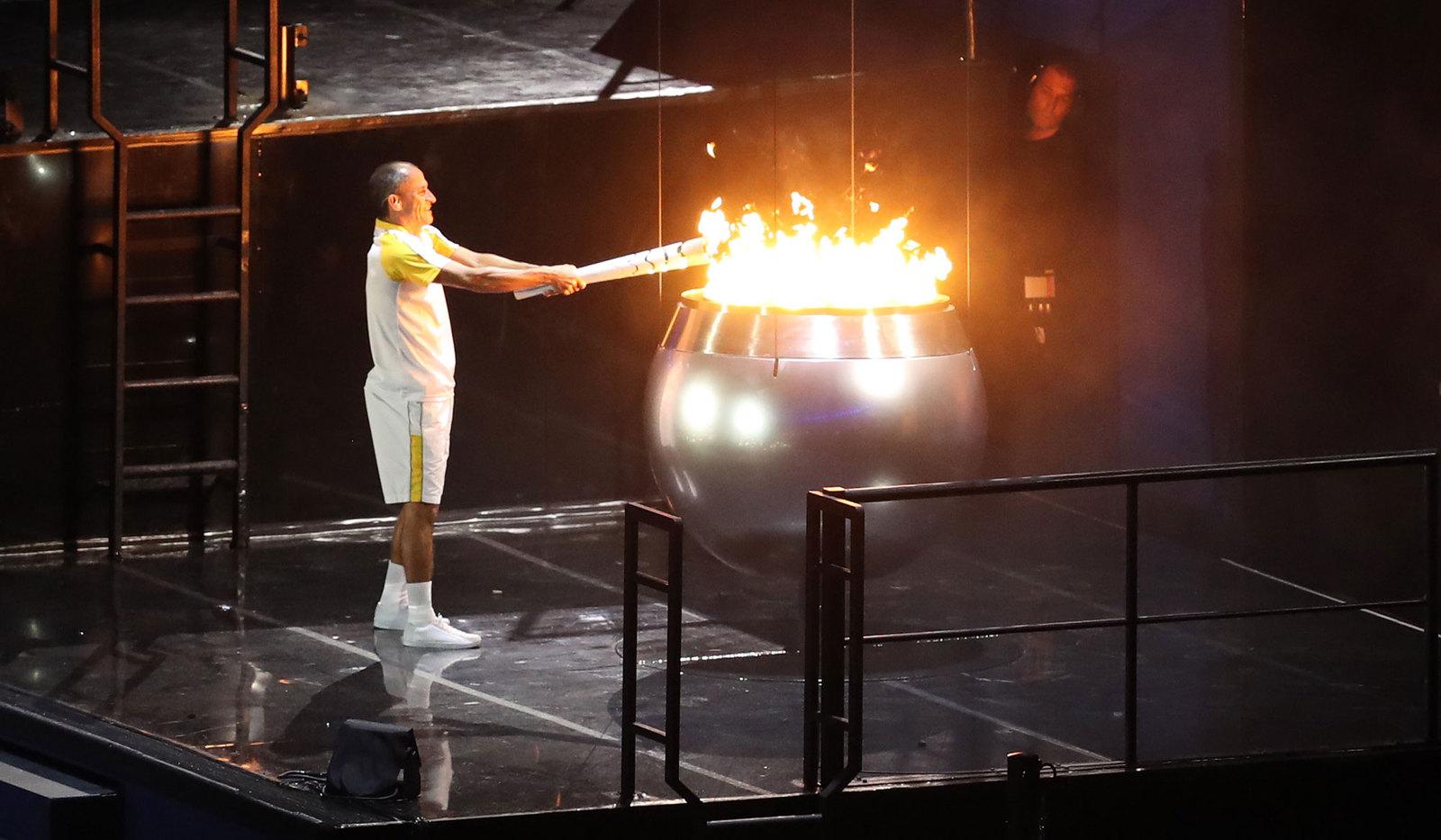 Вандарлей Кордейру удостоился чести зажечь олимпийский огонь бразильской олимпиады