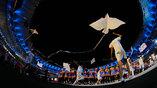 Бумажные голуби - символ мира на открытии олимпийских игр в Рио
