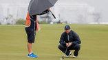Дождь - не помеха для гольфистов