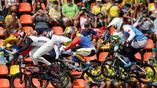 Четвертьфинал по BMX в самом разгаре