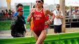 Швейцарская триатлонистка Никола Спириг во время марафона