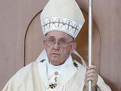 папа франциск тюрьме омоет ноги бывшим мафиози