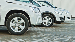В Туркменистане запретили автомобили всех цветов, кроме белого (водители в шоке)