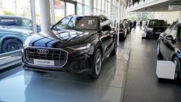 Рынок новых автомобилей в России обрушился до