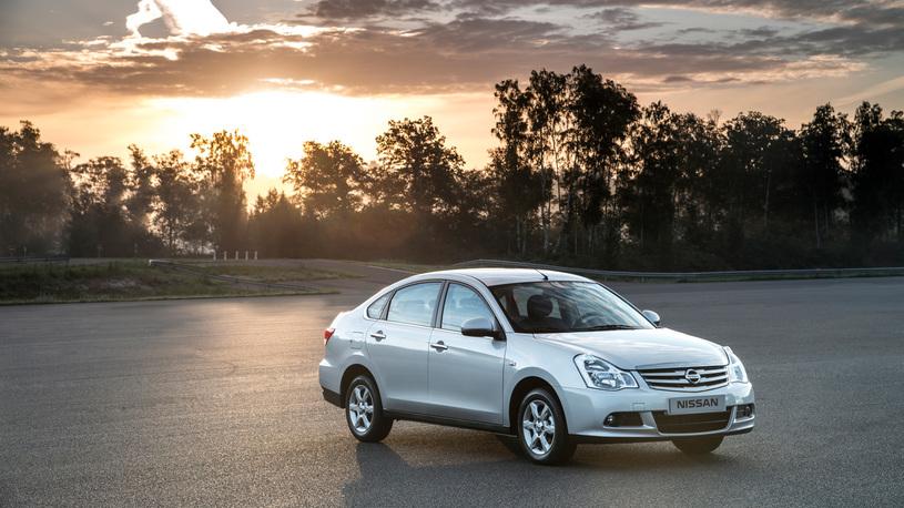 Nissan зазывает на ремонт в России сразу шесть своих моделей