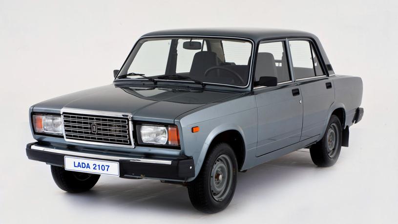 Названы самые массовые автомобили в России