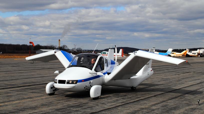 Открыт прием заказов на первый в мире летающий автомобиль