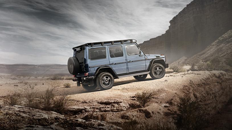 Mercedes-Benz не намерен сворачивать производство старого