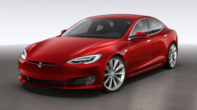 Практически все электромобили Tesla сходят с конвейера дефектными