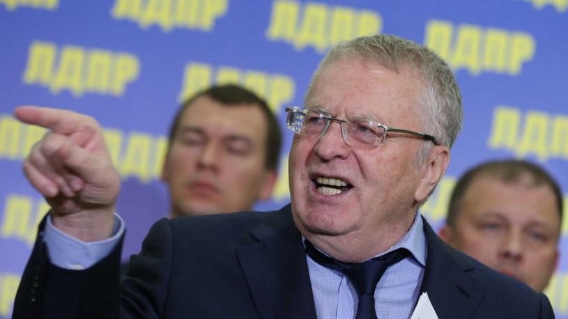 Жириновский предложил выселять мажоров-стритрейсеров из Москвы