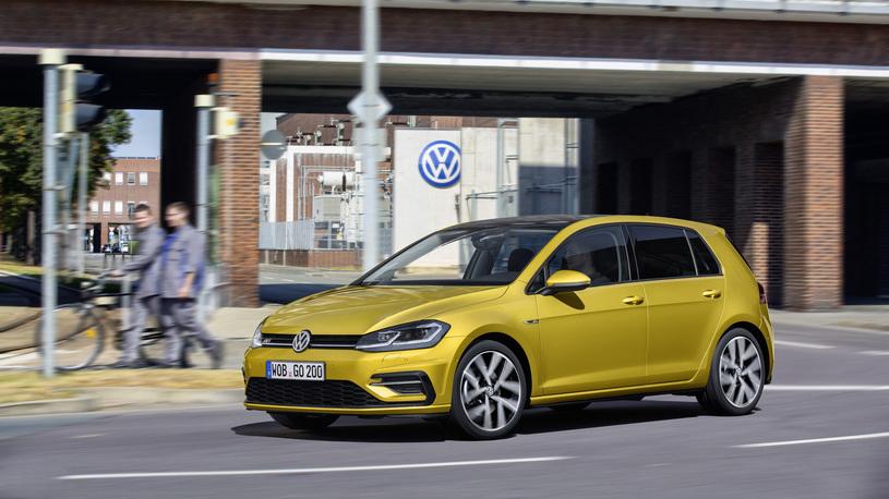 Названы сроки выхода Volkswagen Golf нового поколения