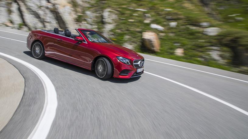 Первый взгляд на Mercedes E-Class кабриолет и электрический Smart без крыши