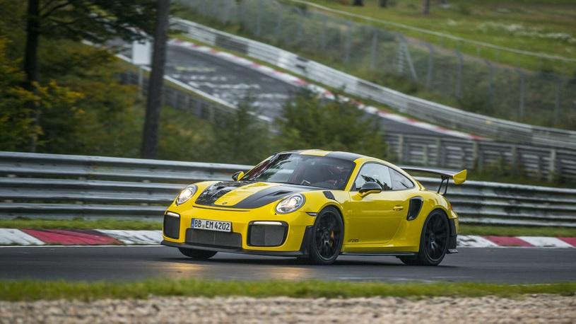 Porsche 911 установил новый рекорд Нюрбургринга