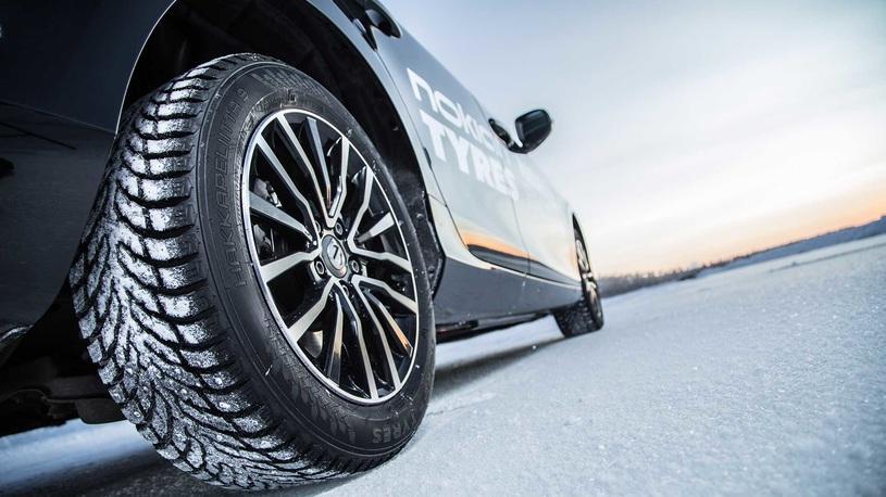 Простые вопросы: нужно ли обкатывать шипованные зимние шины?