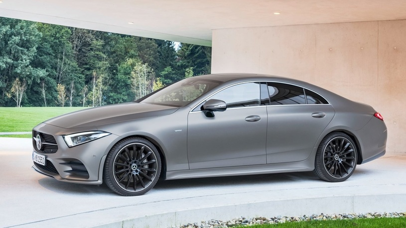 В России из-за заклепок отзывают более ста Mercedes-Benz