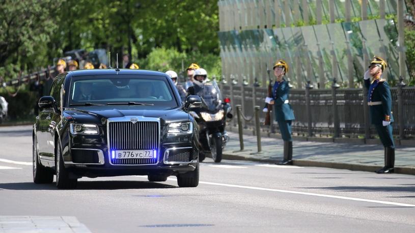 Владимиру Путину не хватает лимузинов