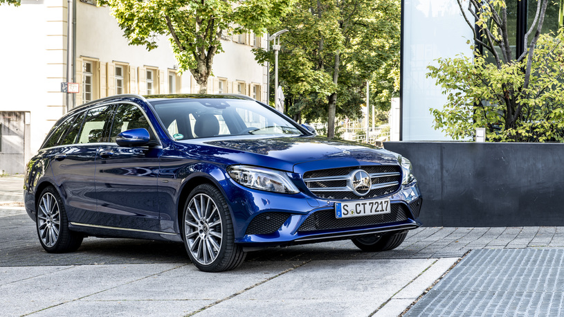 Представлены гибридные версии Mercedes-Benz С- и Е-Класса