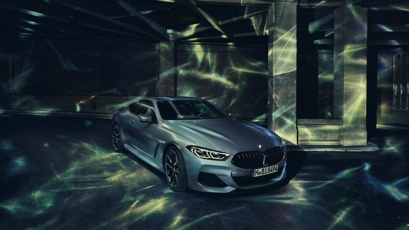 Купе BMW 8 Серии получило спецверсию с уникальным цветом