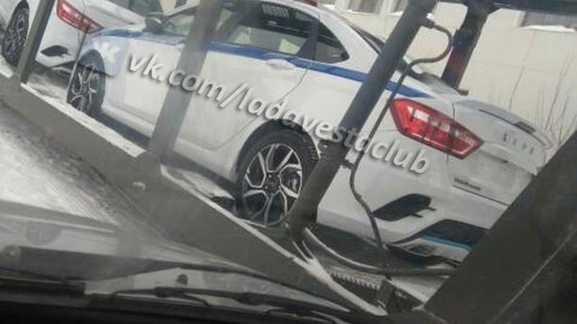 Самая быстрая Lada Vesta отправилась на службу в полицию