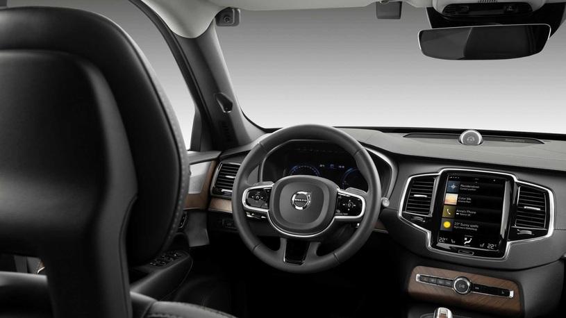 Автомобили Volvo научат