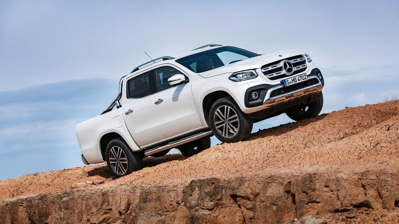 У двух моделей Mercedes-Benz обнаружены неполадки систем безопасности