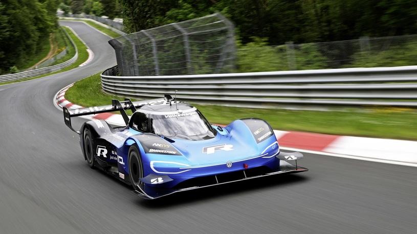 Обнародованы детали рекорда электрического Volkswagen на Нюрбургринге