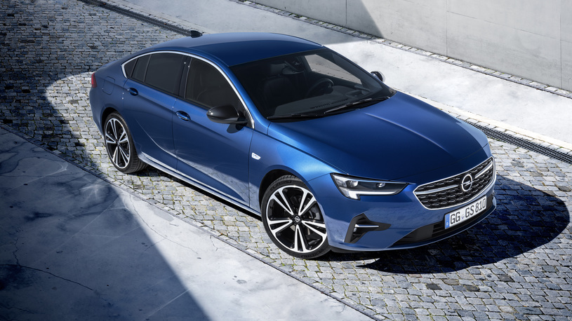 Обновленный Opel Insignia получил супер-оптику. Но России она не светит