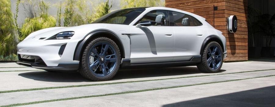 Porsche Taycan привезут в РФ