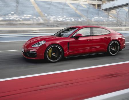 Porsche Panamera GTS с ценами