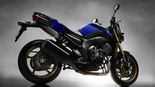 Новый Yamaha FZ8: по стопам FZ6