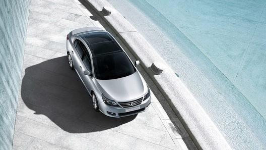 Renault представляет новый флагманский седан Latitude