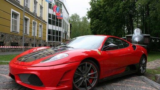 Российское ателье Status Design превращает Ferrari F430 в истребитель