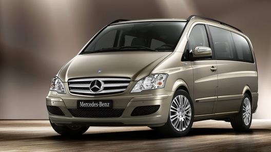 Компания Mercedes-Benz обновила микроавтобус Viano и фургон Vito
