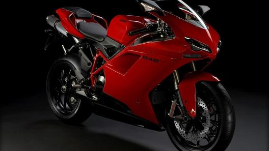 Ducati 848 EVO: обновление без компромиссов