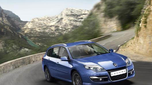 Renault рассекретила внешность обновленной Laguna