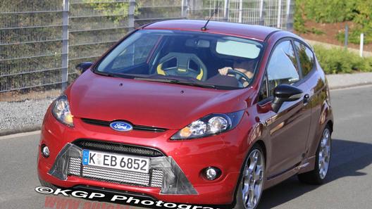 Шпионы сфотографировали Ford Fiesta ST 2012 модельного года