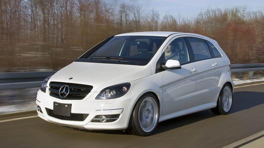 Mercedes B-класса получил 5,5-литровый V8 и задний привод