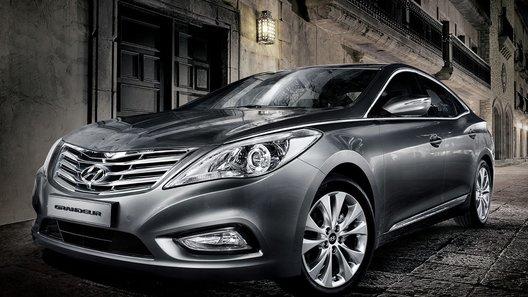 Компания Hyundai показала новое поколение седана Grandeur