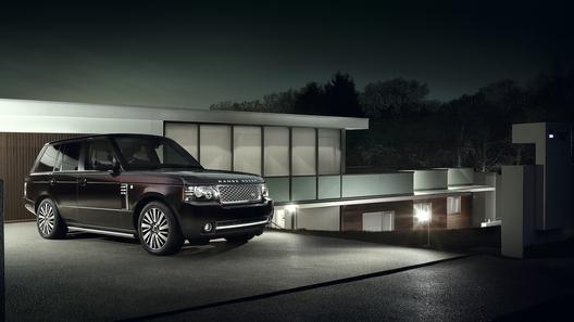 Range Rover привез в Россию внедорожник за 7 млн рублей