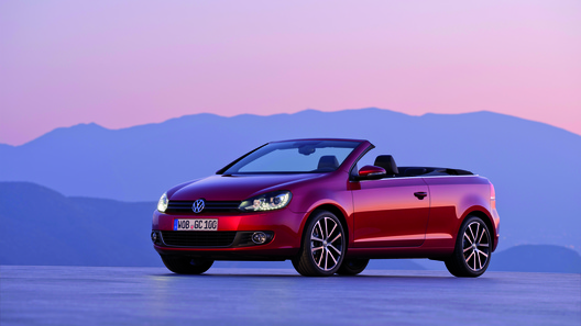 Volkswagen открывает летний сезон с новым кабриолетом