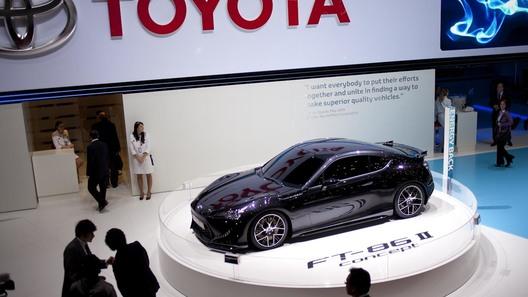 Toyota FT-86 приближается к конвейеру