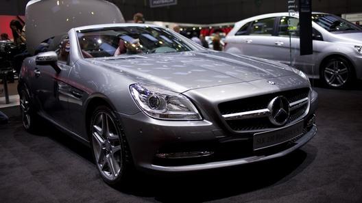 Mercedes показал в Женеве новое поколение SLK