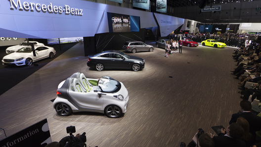 В Женеве дебютировал электрический концепт Smart Forspeed