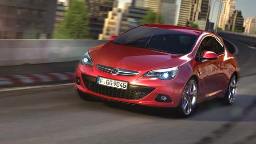 Opel рассекретил 3D-изображения трехдверной Astra GTC