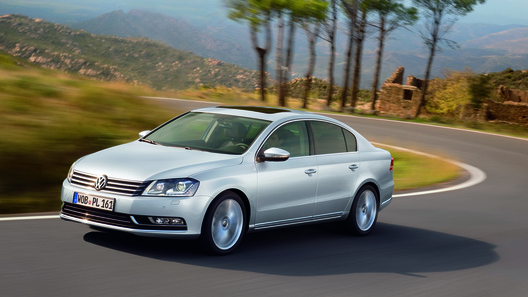Volkswagen провел в Москве премьеру нового Passat