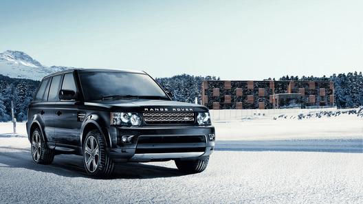 Внедорожники Land Rover получили новый дизель и трансмиссию
