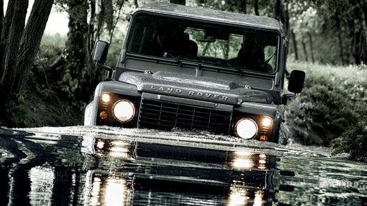 Land Rover Defender обзавелся новым дизелем