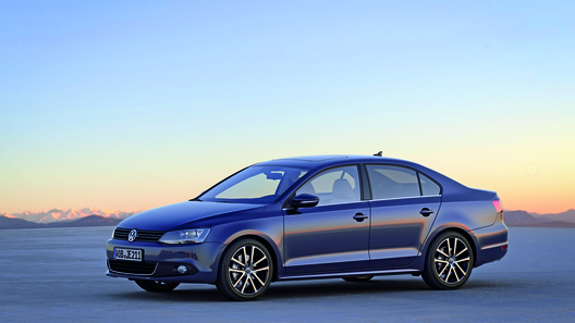 Volkswagen начинает прием заказов на новое поколение Jetta