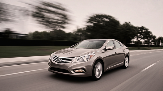 Hyundai показал в США новую Azera