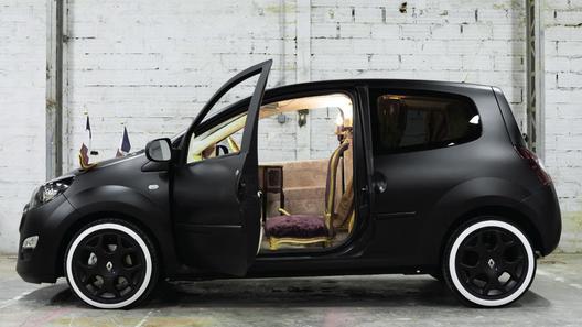Салон Renault Twingo превратился в четыре